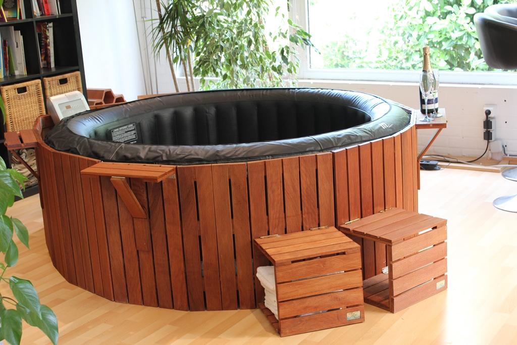 terrasse pergola habillage jacosi le jacuzzi cosy. Black Bedroom Furniture Sets. Home Design Ideas