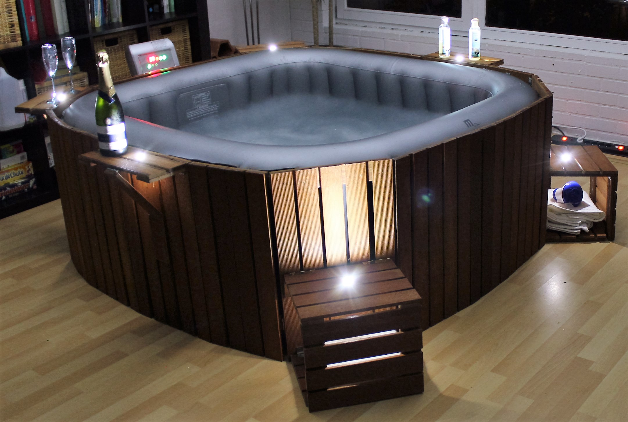 spa version carr e jacosi le jacuzzi cosy. Black Bedroom Furniture Sets. Home Design Ideas
